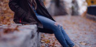 Jak nosić jeansy?